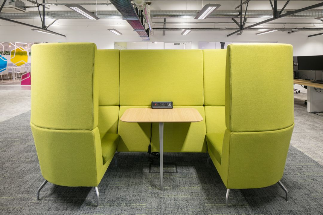 Car Finance 247 - 6th Floor 'Cwtch' Meeting and Collaboration Booths by Orangebox.